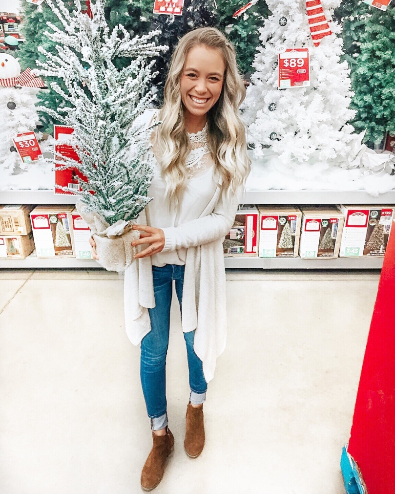 Everything under $50 – Christmas decor round-up! – Everyday Kacie